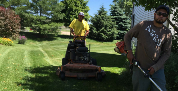 Naperville's professional weekly lawn mowing service provider